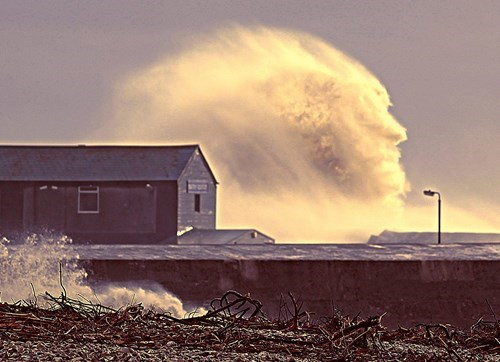 Photo of the Day: Ocean Wave Looks Like Man's Face