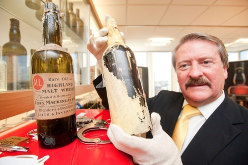 Mackinlay Whiskey Recreated from Shackleton's Secret Stash