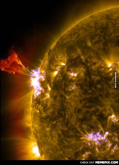 Nasa Gets amazing image of solar flare