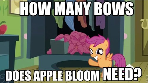 Apple Bloom Buys Her Bows In Bulk