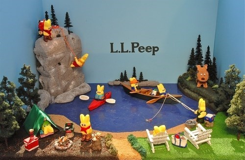 Easter Means That it's Peep Diorama Season!