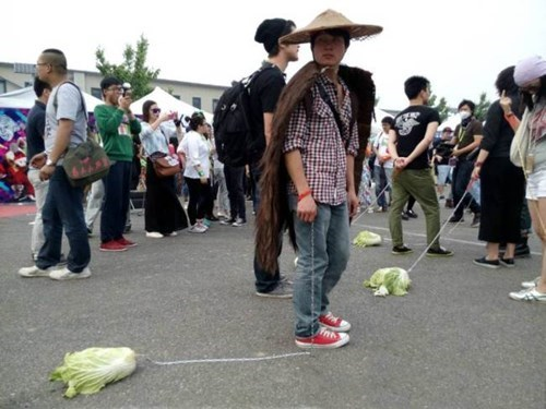 Lonely in China? Take Your Cabbage for a Walk.