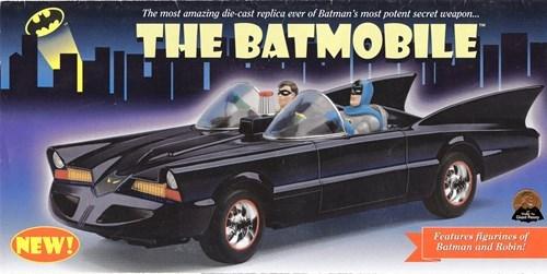 Zack Snyder Tweets Batmobile Reveal