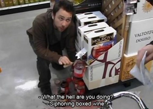 boxed wine,stealing,its always sunny in philadelphia