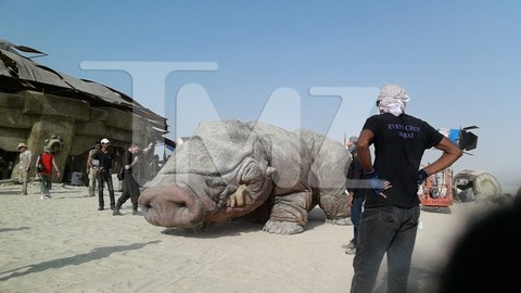 Leaked Star Wars Set Photos Show a Rad New Creature