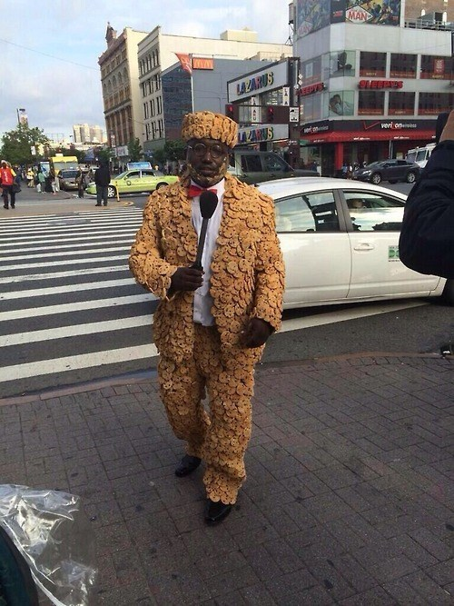 cookies,hat,poorly dressed,suit,hannibal buress,g rated