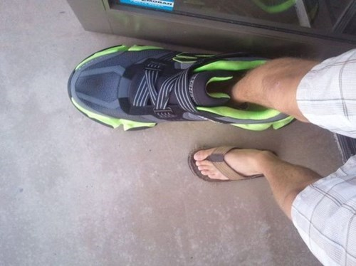 huge,shoes,poorly dressed,g rated