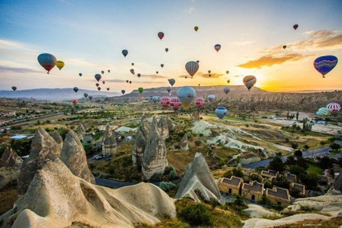 This Magical Landscape is Just Another Day of Hot Air Ballooning in Cappadocia, Turkey
