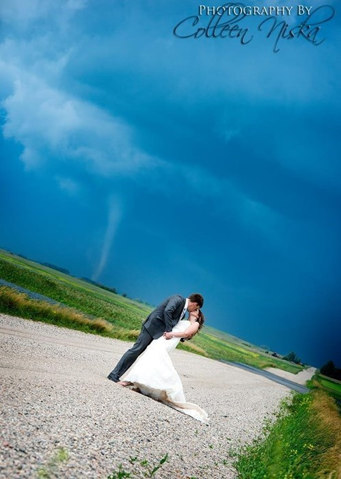 Wedding Photos Like This Only Come Once in a Lifetime