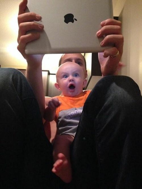 baby,amazed,ipad,expression,parenting