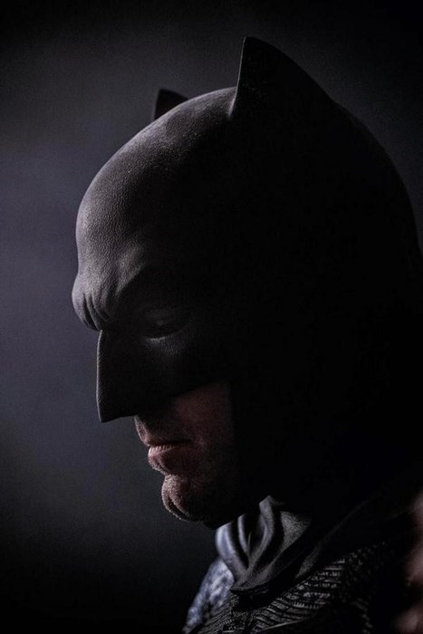 Sad Batman Is Still Sad In New Batman vs. Superman Image