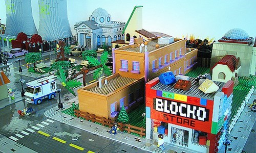 LEGO Released an Official Simpsons Set, but What if We Kicked Took it to the Next Level?
