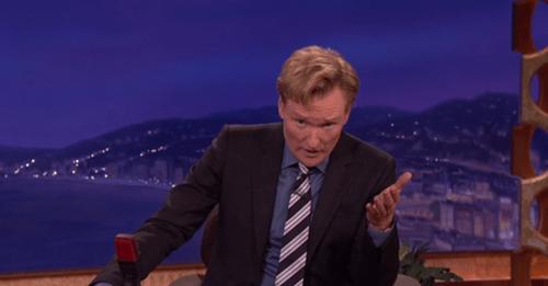Conan O'Brien Gives an Emotional Announcement of Robin Williams' Death
