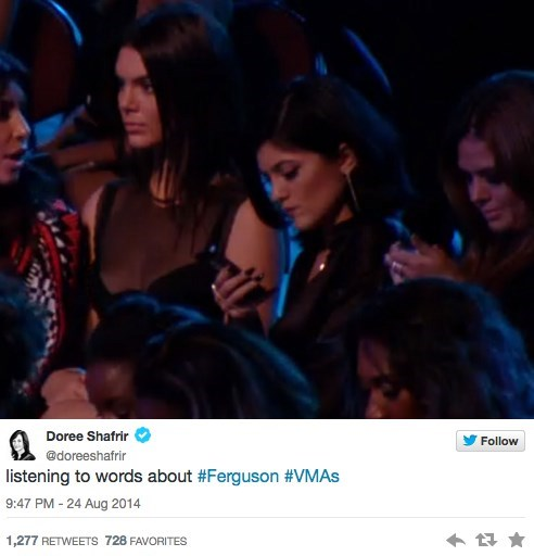 There Was a PSA About Ferguson at the MTV Music Awards, so of Course the Kardashians Were Texting Through it