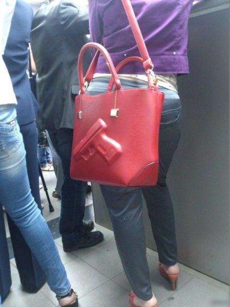 guns,purse,poorly dressed
