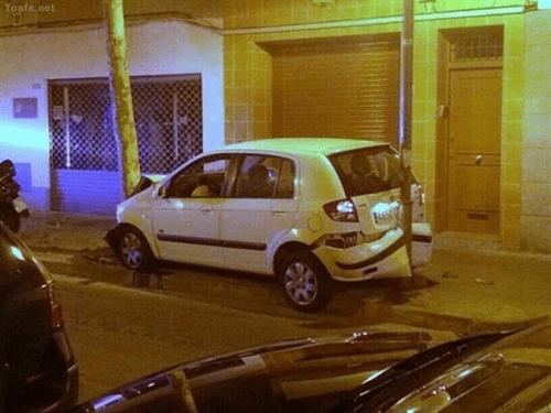 Si vas a estacionar no manejes
