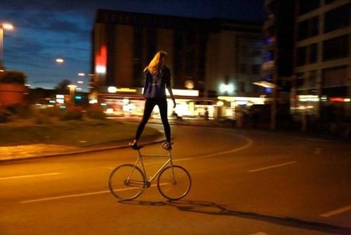 balance,stunt,bike,g  rated,win