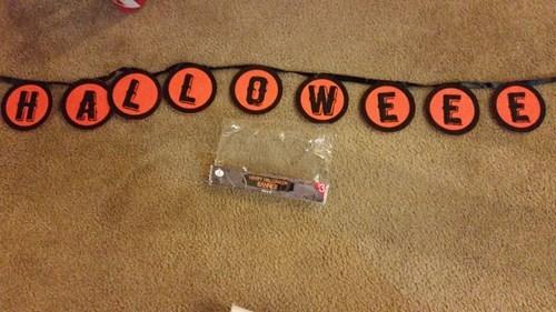 halloween,spelling,sign