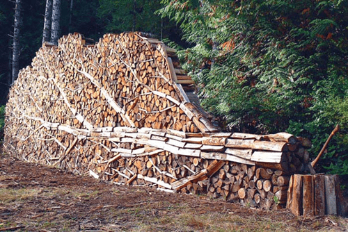 A Real Meta Way to Stack Your Lumber