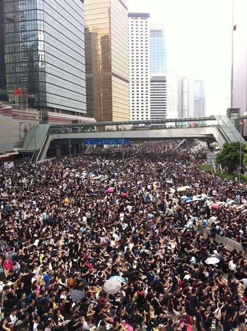 Photo of the Day: Protesters Swarm Hong Kong