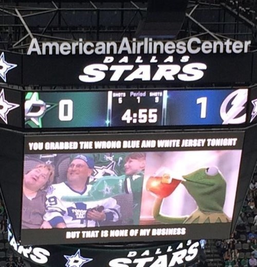 Dallas Stars Messing With Opposing Fans