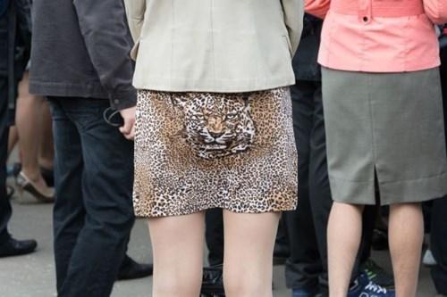 leopard,poorly dressed,skirt,leopard print