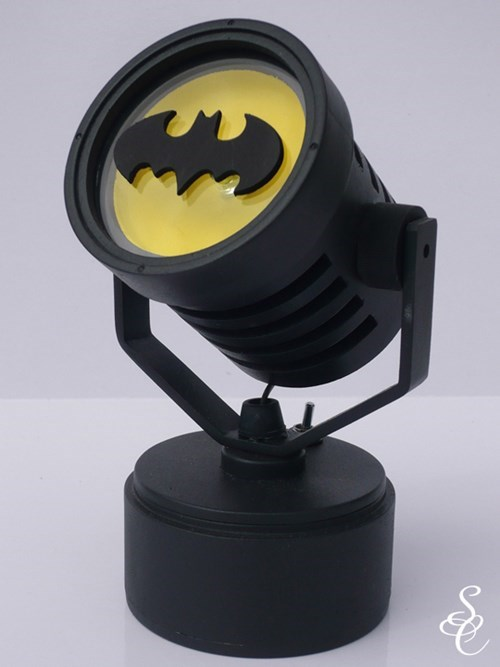 In Case of Power Outage, Use This Battery Powered Batsignal
