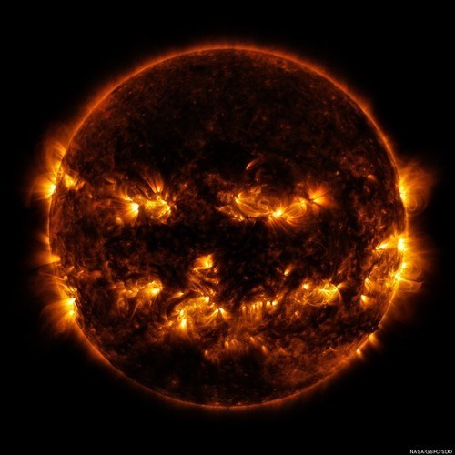 Our Sun Gets in the Halloween Spirit With its Own Costume