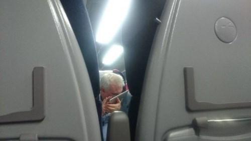smell,ipad,airplane