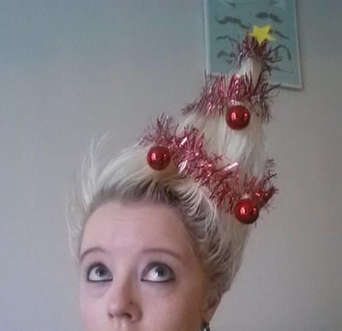 hair,christmas,poorly dressed,christmas tree
