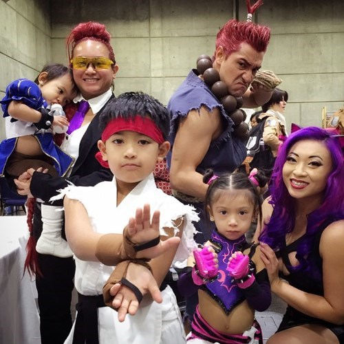 cosplay,kids,family photo,Street fighter