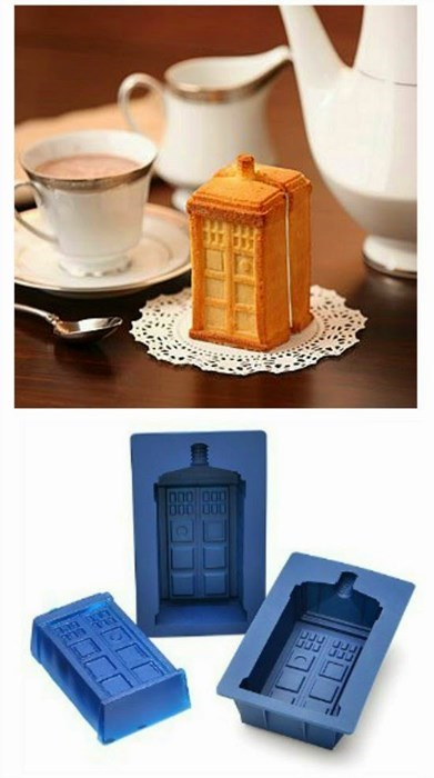 Tardis Cake Is Perfect For High Tea
