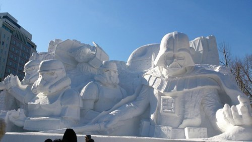 geek news giant star wars snow sculpture