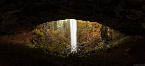 From the Right Angle, This Oregon Cave Looks Like the Eye of a Mighty Beast