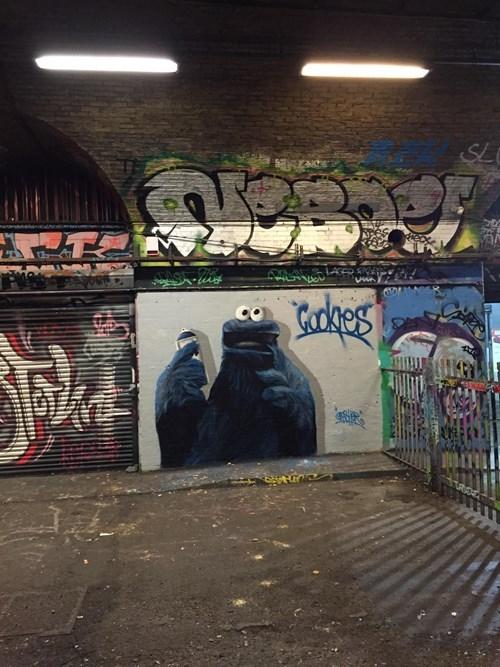 epic-win-pics-street-art-graffiti-cookie-monster