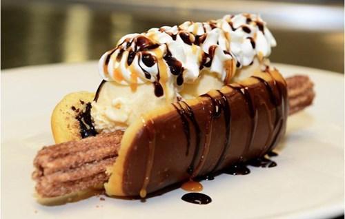 epic-win-pics-dessert-churro-dog-diamondbacks