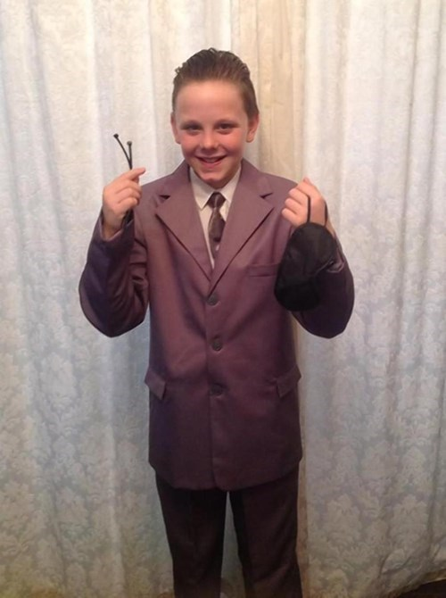 funny-news-fail-fifty-shades-school-costume
