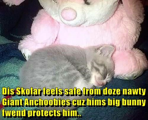 Dis Skolar feels safe from doze nawty Giant Anchoobies cuz hims big bunny fwend protects him..