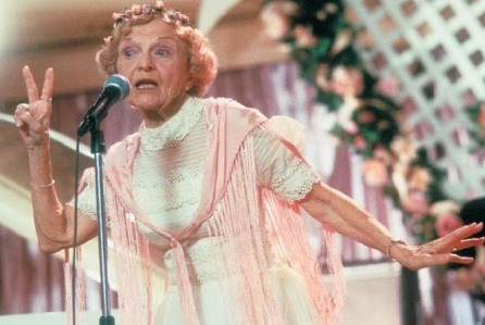 Wedding Singer's rapping grandma dies.