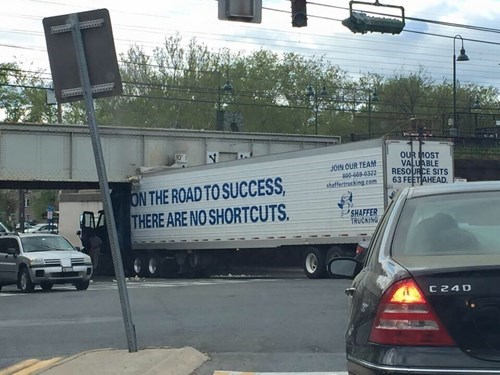 funny-fail-pic-truck-crash-irony