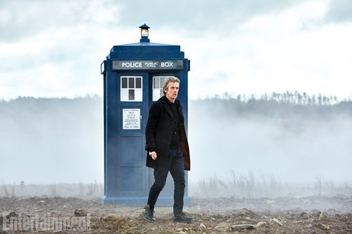 funny-doctor-who-peter-capaldi-talks-to-ew-about-series-9-and-maisie-williams