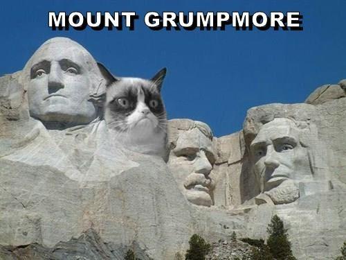 MOUNT GRUMPMORE