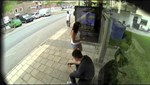"Prank Wizards ""Photoshop"" Pedestrians on the Go"