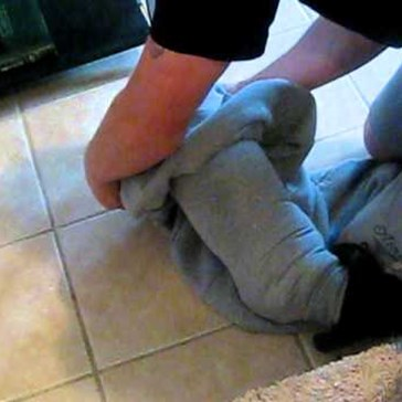 VIDEO: Dachshund Gets Head Stuck in Shirt Sleeve