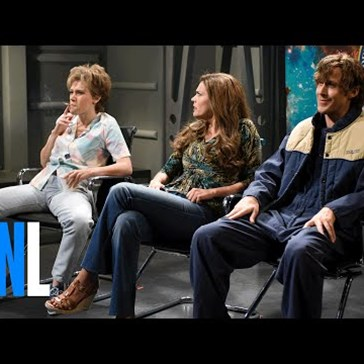 Ryan Gosling Completely Loses it on SNL