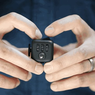 Kickstarter of the Day: Creator of Fidget Cube Discovers How to Quickly Become a Millionaire