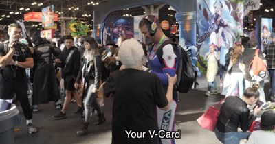 comic con FAIL cringe grandma ridiculous rude Video stupid - 100777985