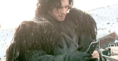 Jon Snow behind the scenes Game of Thrones iphone - 8176107008