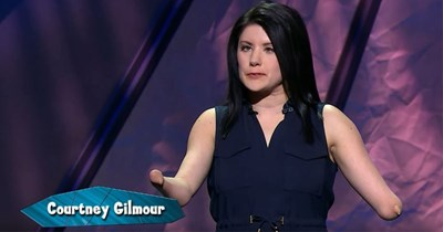 Funny video of a comedian with no hands explaining how she gets through awkward situations
