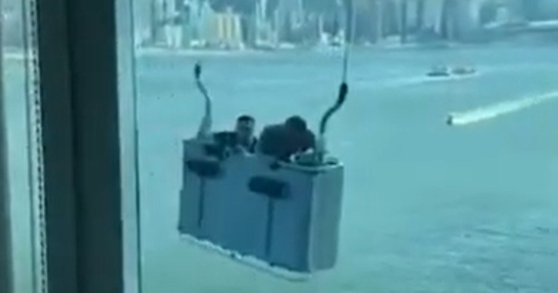 Unlucky Window Cleaners Have to Ride The Wind
